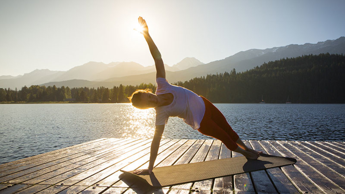 morning-yoga-outdoors-lake